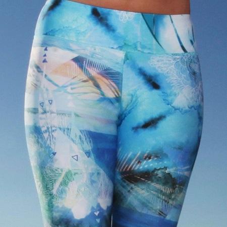Monique Rotteveel Activewear Surf en yogalegging ocean
