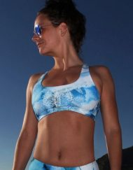 Monique Rotteveel Activewear Pura Vida Surf & Yoga Top Ocean