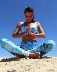 Monique Rotteveel Activewear Surf en Yoga top en legging Ocean